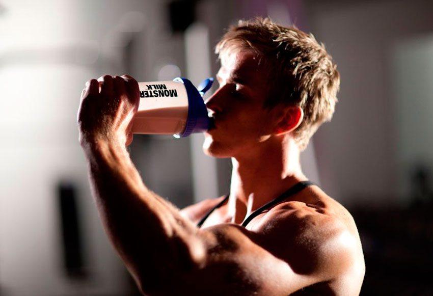 Вредно ли принимать протеин на ночь