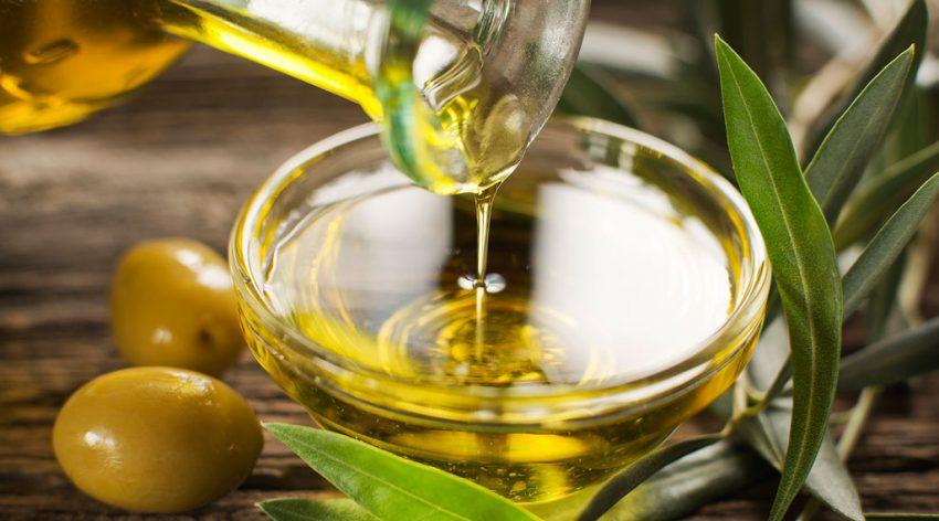 Массаж с оливковым маслом