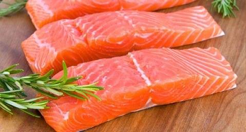 можно ли при диете есть красную рыбу
