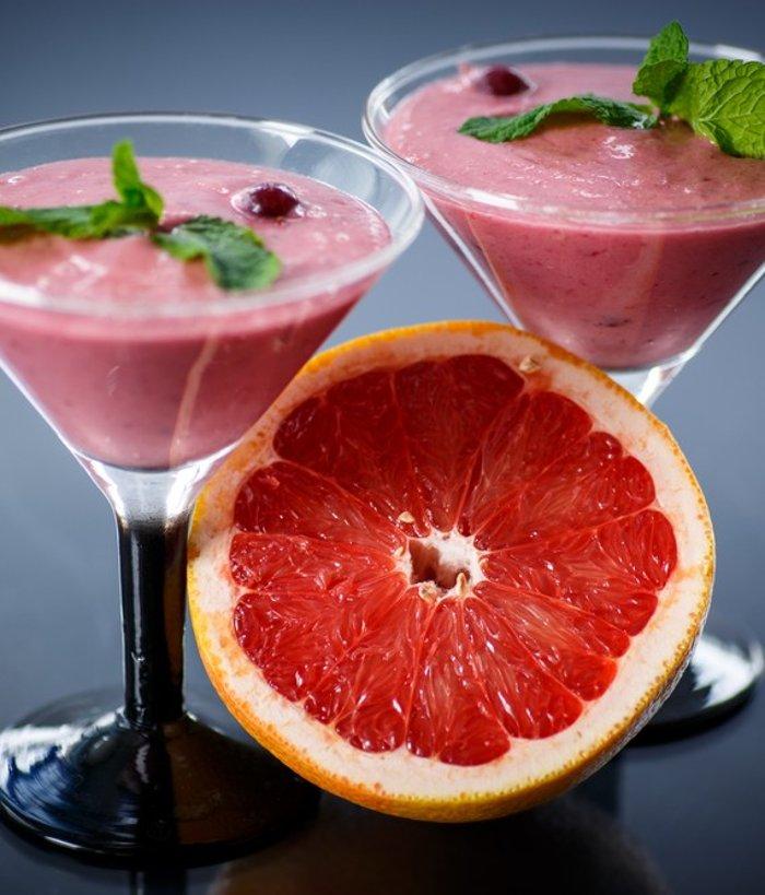 Смузи вишнево-грушевый с грейпфрутом