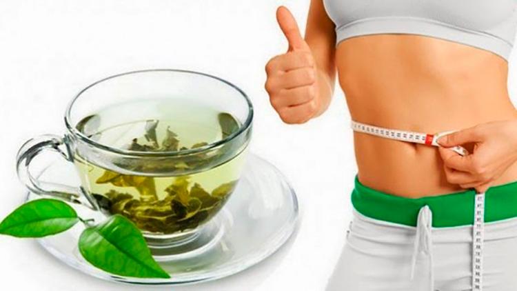 Пить побольше несладкого зеленого чая и черного кофе