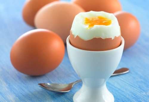 Сколько калорий на яйце